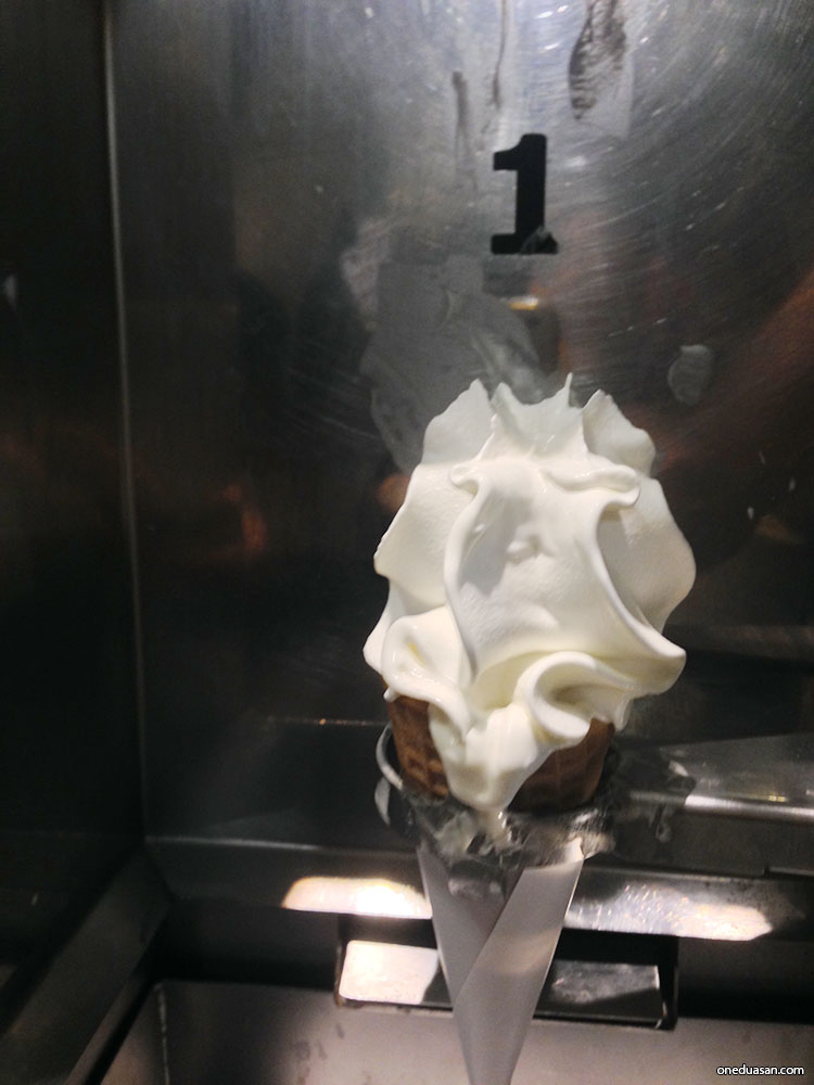ikea_icecream_10
